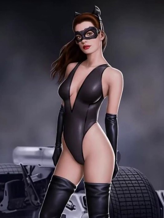 25 Sexiest Pictures Of Catwoman
