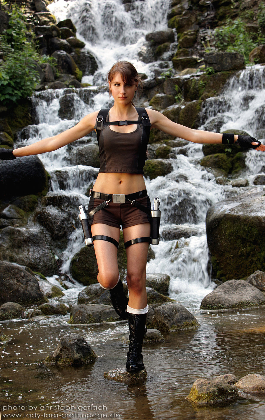 page 8 of 15 for 15 sexiest lara croft cosplays ever