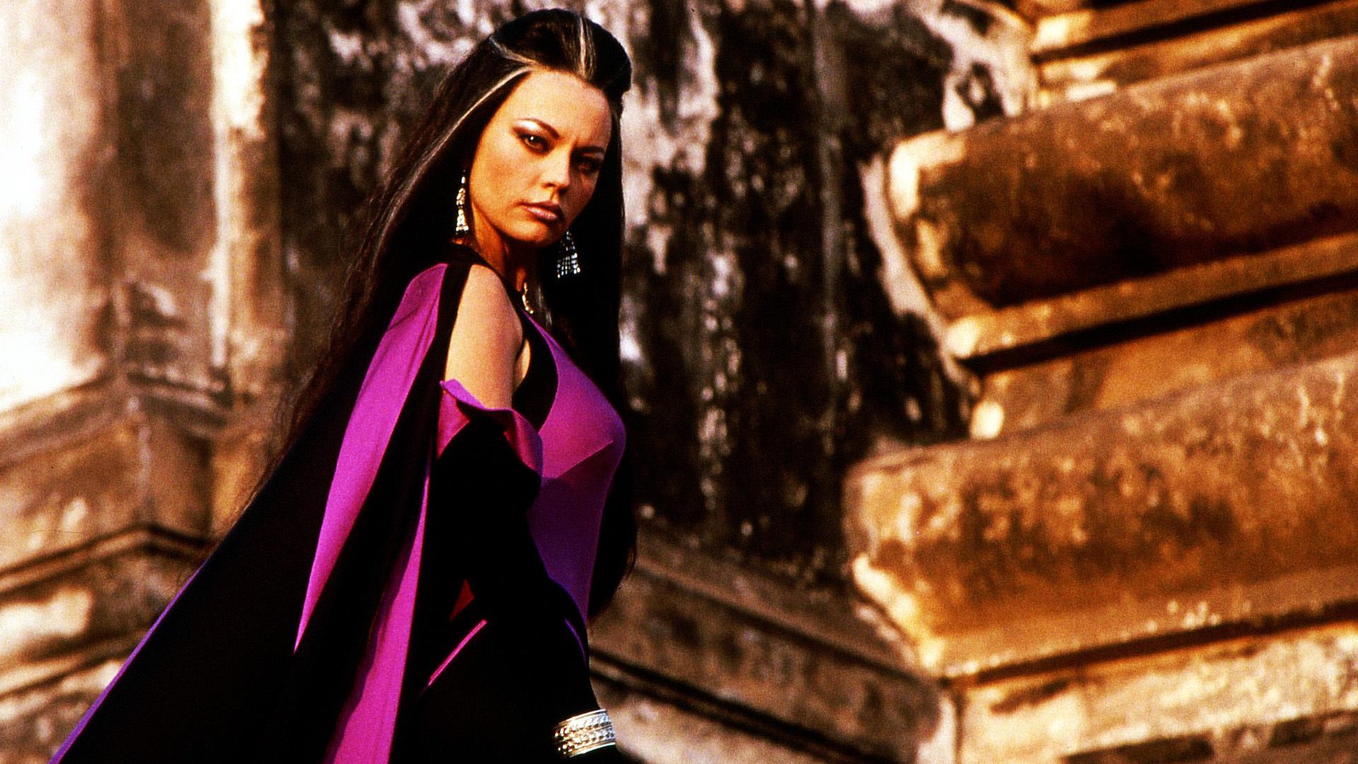10 Hottest Mortal Kombat Female Characters | GAMERS DECIDE