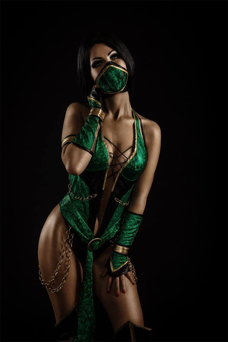 Kitana cosplay is Jade