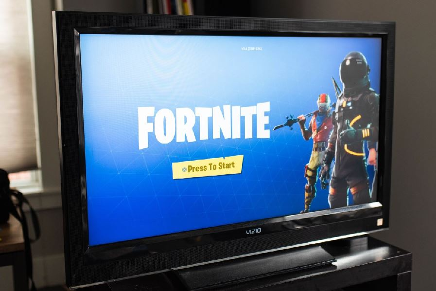 Fortnite Hacks: Why It's Dangerous To Use Them | GAMERS DECIDE