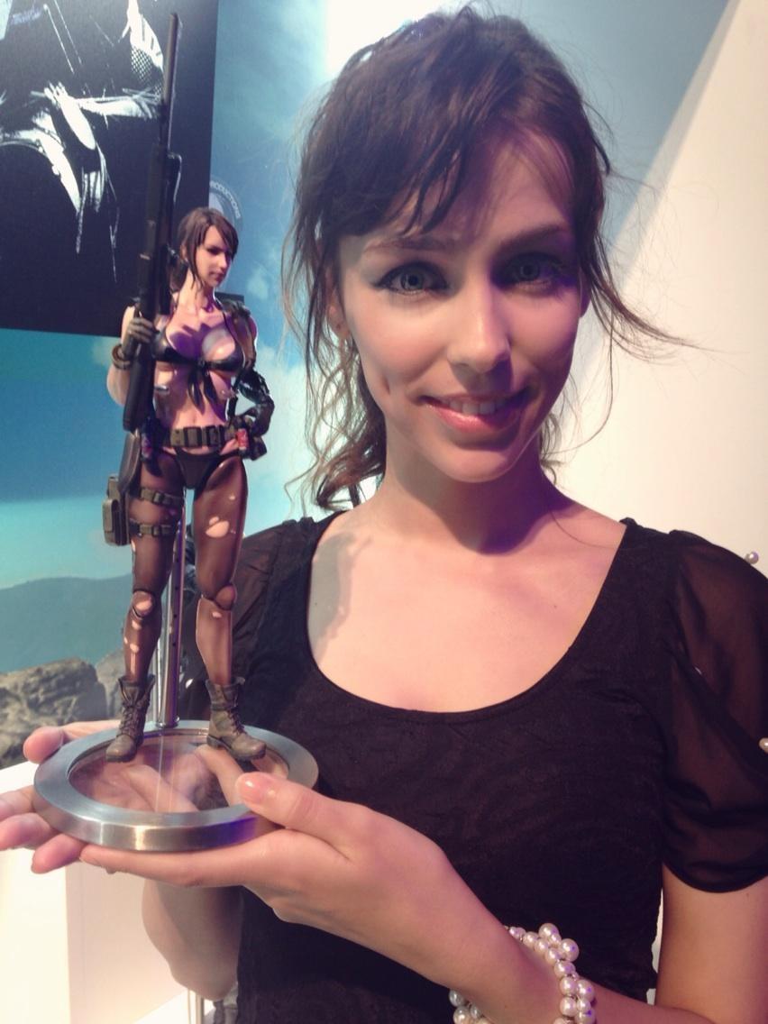 Stefanie joosten quiet cosplay