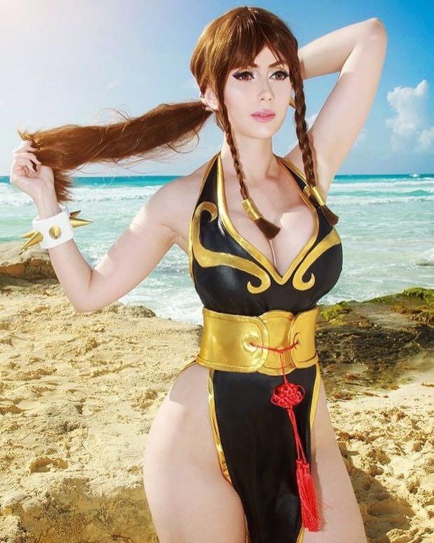 Sexy Street Fighter Chun Li Cosplay Girls and Costumes