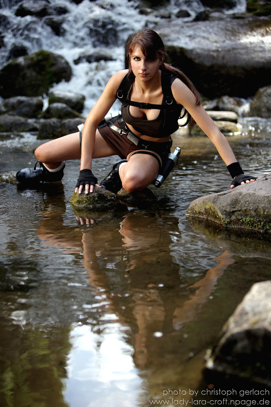 15 Most Sexy Pictures of Lara Croft   GAMERS DECIDE