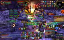 10 players fight in this controlled chaos to defeat the boss