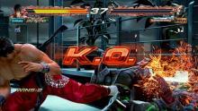 Lee secures a KO via wall punish kick.