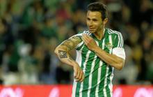 Ruben Castro (81) runs the place at Betis
