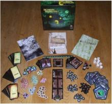 Contents of the Betrayal at House on the Hill box.
