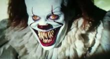 Bill Skarsgård's version of It also has large teeth