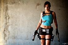 (Image fromhttp://illyne.deviantart.com/art/Lara-Croft-3-245237117)