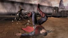 Superman goes against Superman in this action-packed fighting game.