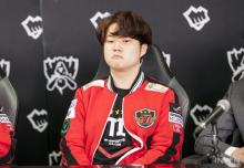 While he is usually outgoing and humorous, sometimes Huni takes a moment to collect himself.