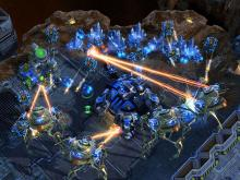 Watch the mighty Protoss crush the Terrans.