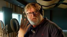 Gabe Newell records the Gabe Newell Mega Kills Announcer pack.