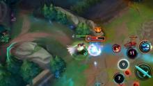 Ahri rushes in to take out the enemy Ziggs.