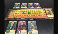 Two player game between blue and green with people at the inn.
