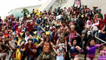 I love to see this awesome group of a lots of cosplayers together!