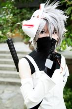 Kakashi cosplayer in white outfit and mask