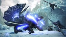 An Insect Glaive flies into the fight with a Bow and Switch Axe backing them up..
