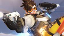 Tracer zooms around, wrecking anyone in her way.