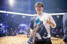 Doublelift with LCS trophy