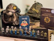 Here are the plastic figures that come with the Power armor edition