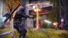 A Hunter takes on enemies in the Crucible.