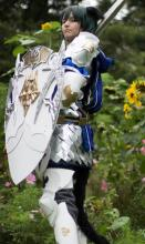Check out this wicked cool cosplay of a Paladin!