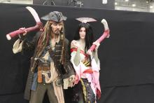 Cosplay of Izanami and...Captain Jack Sparrow?!