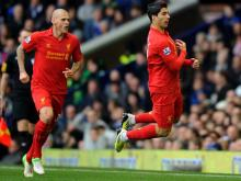 Suarez mocked Everton manager David Moyes after the latter accused him of diving by celebrating with a 'dive' right in front of him.
