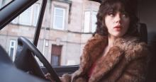Most people didn't recognise or believe that it was really Scarlett Johansson driving a van around Glasgow—a number of her interactions in the movie are with real, unaware pedestrians (Under The Skin)