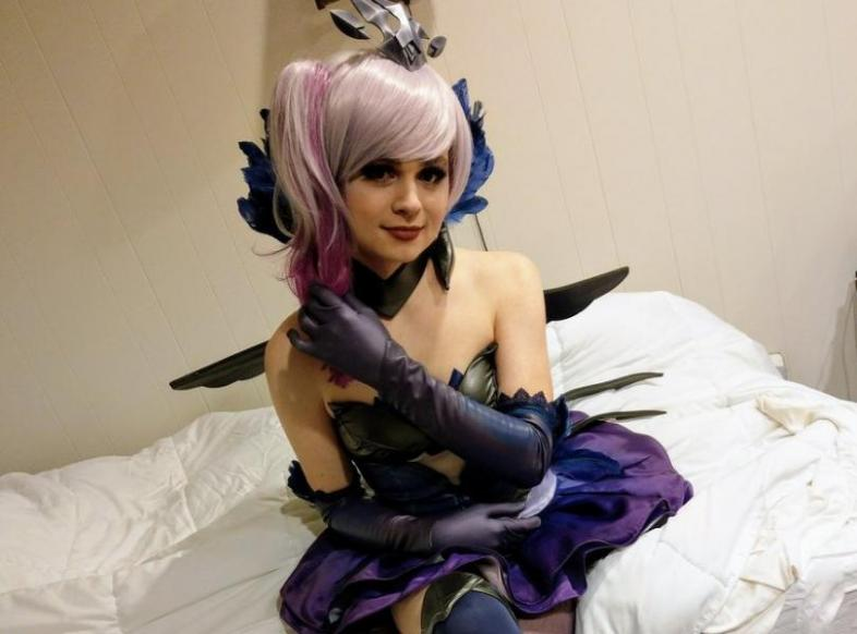 League of legends sneaky cosplay