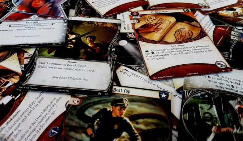 best horror card games