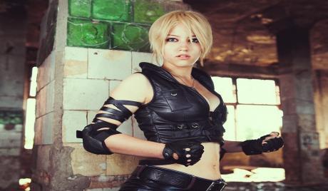 Sonya Blade Cosplays