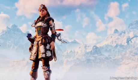 Aloy wearing Nora Protector Heavy Armor
